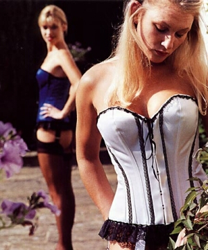 Sweetheart Overbust Corset with Lace Trim
